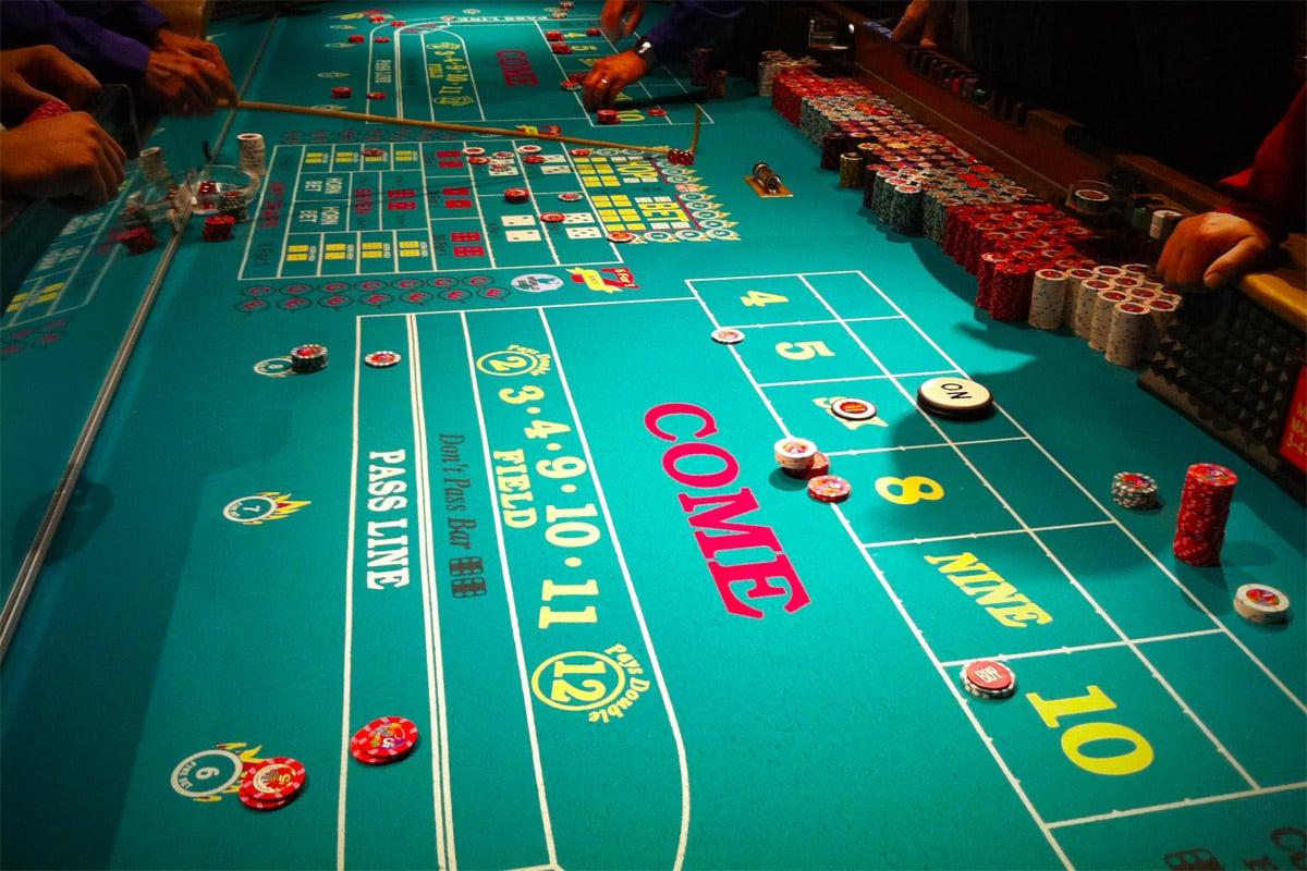 roulette-table-casino